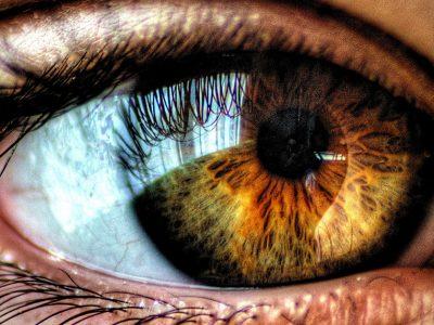 Um olho mau